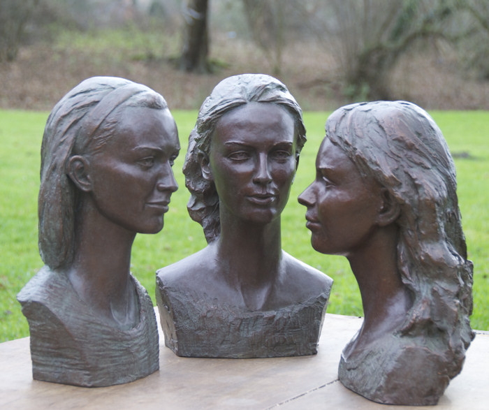 The three daughters of the Duke and Duchess of Rutland created in 2011 by Laury Dizengremel